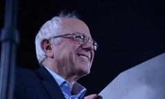 Bernie rally features celebrities and musical guests