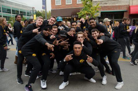 University of Iowa hosts annual homecoming parade