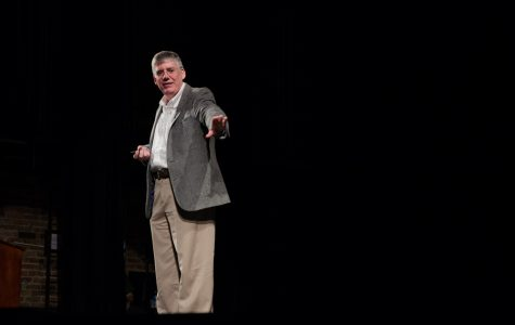 Rick Riordan hammers in on Iowa