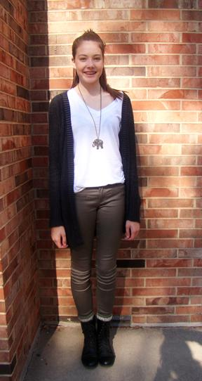 Fashion Friday: Lily Lucas '17