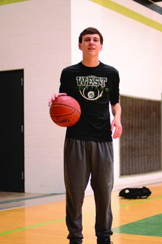 tommy basketball ya smol