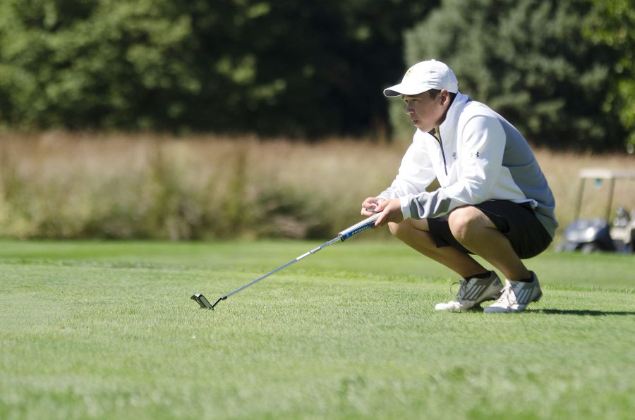 Photo+Gallery%3A+Boys+golf+places+second+in+a+difficult+match