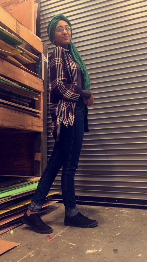 Lujayn Hamad '18 shows off her laid back hipster look in her favorite flannel