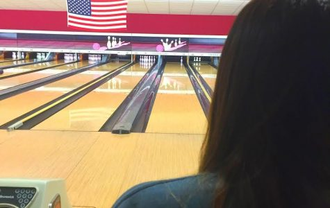 Meet the girls varsity bowling team