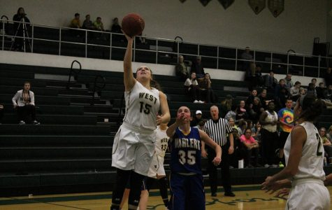 Girls basketball takes down Wahlert