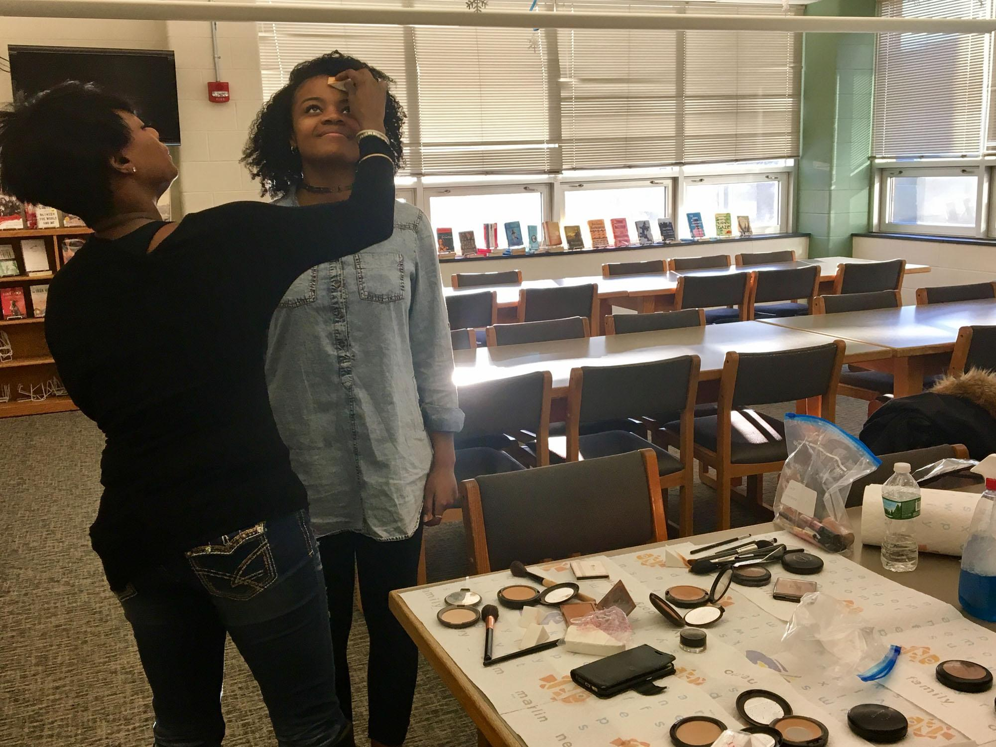 Jade Merriwether '17 gets her makeup done by