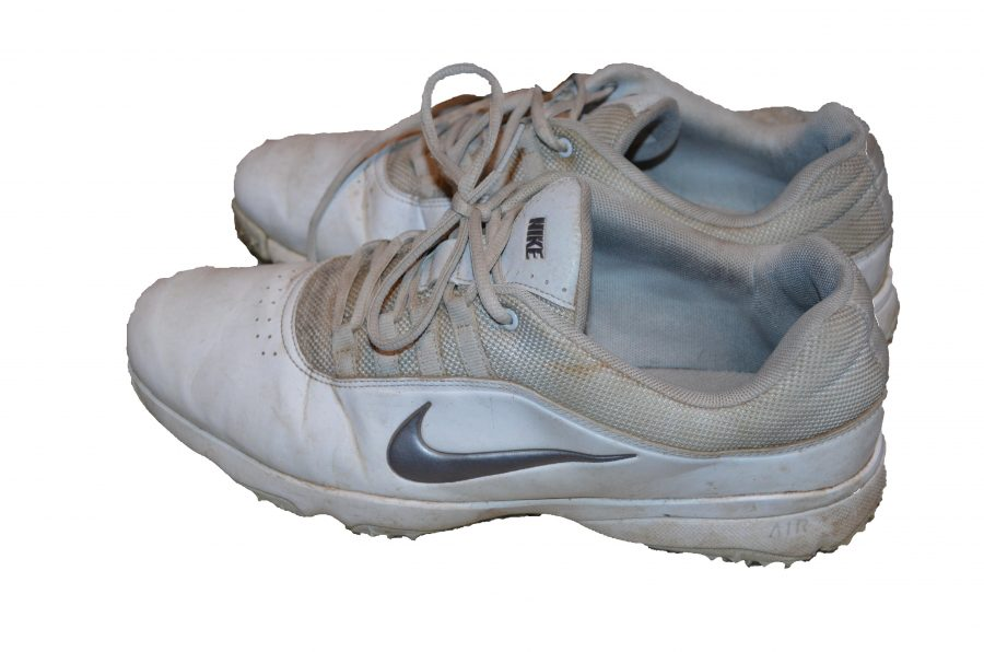 Golf+shoes+have+cleats+on+the+bottom+and+lots+of+traction%2C+making+the+golfer+as+stable+as+possible.