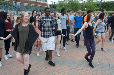 West High choirs participate in flash mob