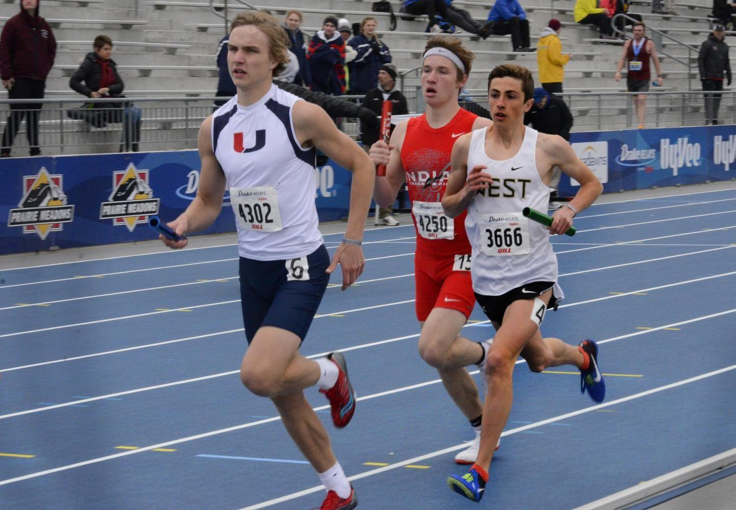 Kolby Greiner '19 runs in the boys 4x800-meter relay on Saturday, May 29 at the Drake Relays. The boys placed ninth in the event.