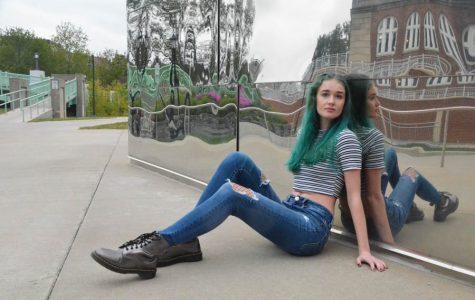 Fashion Friday: Ella Schmitz '18