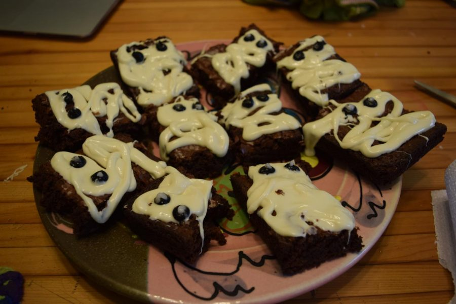 The finished brownies are ready for a halloween party.