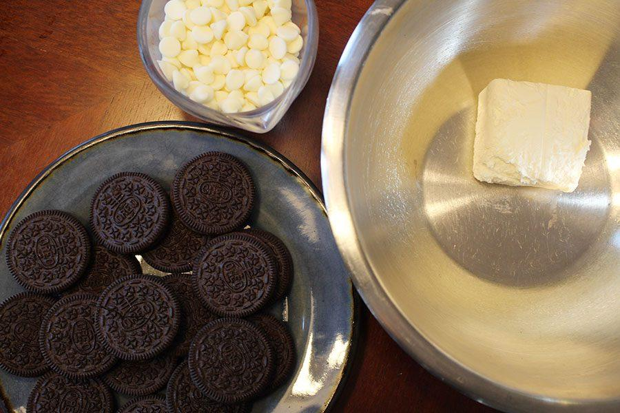 This+recipe+calls+for+Oreos%2C+white+chocolate+and+cream+cheese.+
