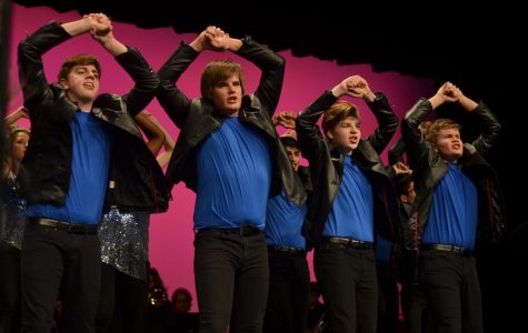 "Show choirs perform at ""Dollars for Scholars"""