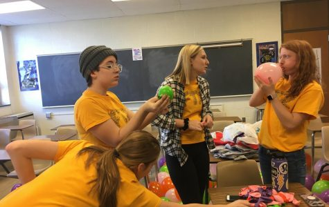 West High School Dance Marathon members blow balloons for the annual upcoming dance marathon on the planned MLK day on Jan. 12, 2018.