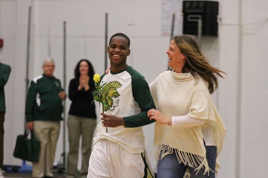 Boys basketball celebrates senior night