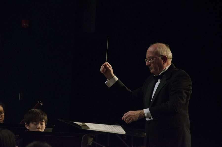 Wind Ensemble features guest conductor