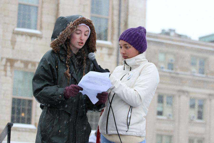 City High's Shayna Jaskolka '18 gives the final speech at the Pentacrest on Saturday, March 24.