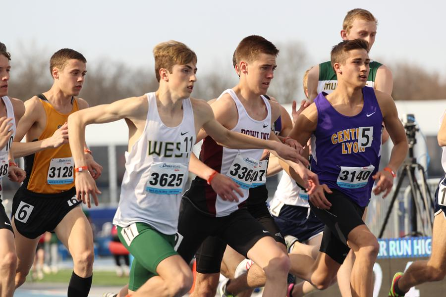 Kolby Greiner '19 makes his way to the front of the pack during the boys 3,200 meter race on Thursday, April 26.