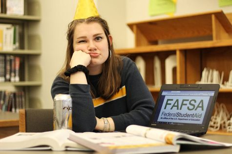 Columns Editor Lucy Polyak tells readers 10 tips for surviving the college application process: from FAFSA to snacks.