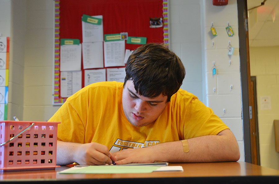 Chase Lonngren '20 has always been interested in art, but he took his first art class at Northwest Junior High.