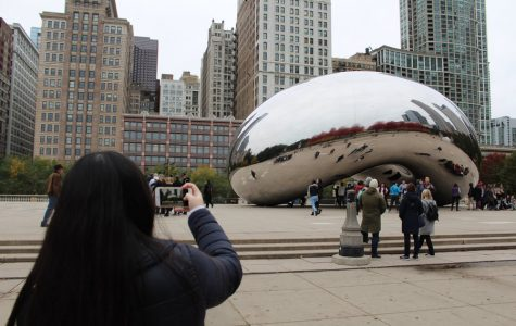 Co-Design Editor Lydia Guo '19 takes a photo of the Bean in Millennium Park during free time while at the convention.