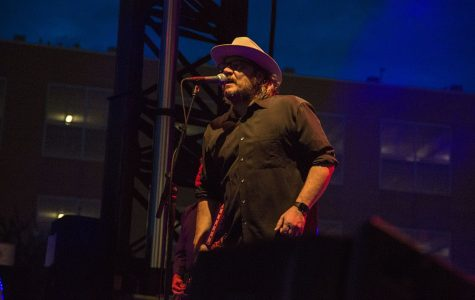 Indie rocker Jeff Tweedy performs at Englert