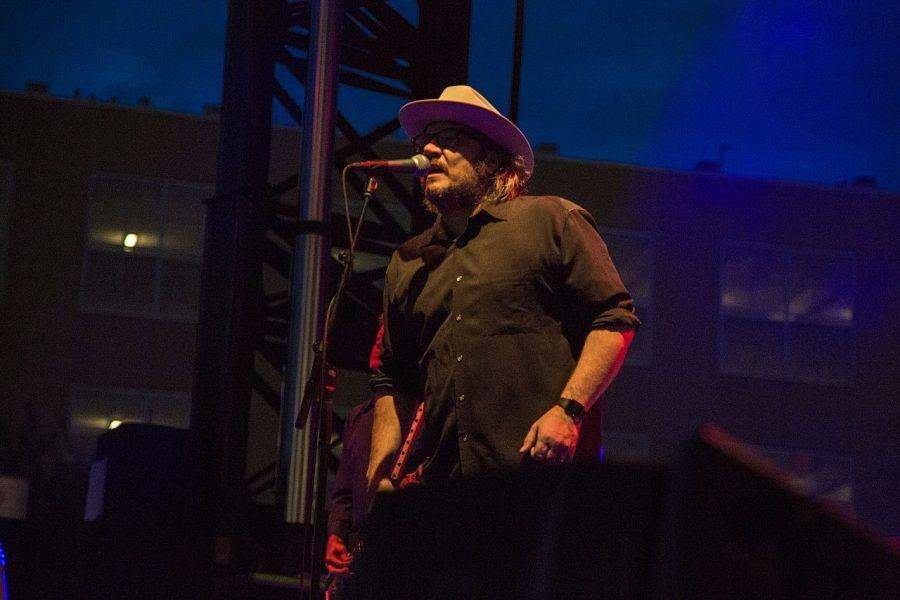 Indie+rocker+Jeff+Tweedy+performs+at+Englert