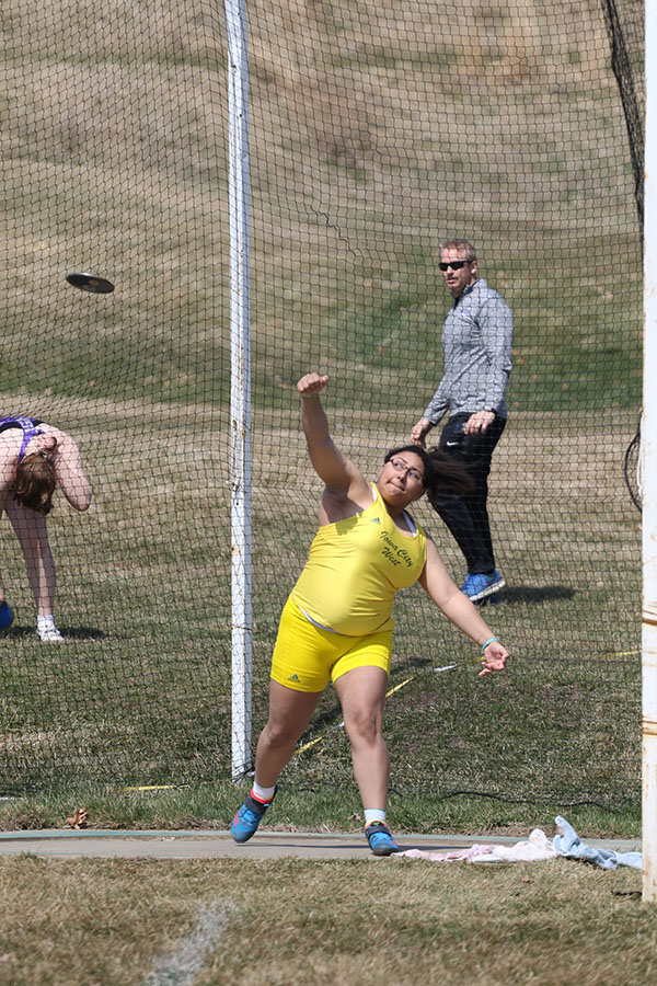 Alexie+Little+%2720+throws+the+discus+on+Saturday%2C+April+6.+Little+placed+first+in+the+discus+with+a+throw+of+121-02+and+third+in+shot+put+with+a+throw+of+37-11.00.