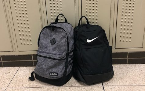What's in my backpack: freshman vs. senior