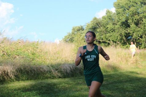 Girls cross country finishes fourth at Earlybird Invite