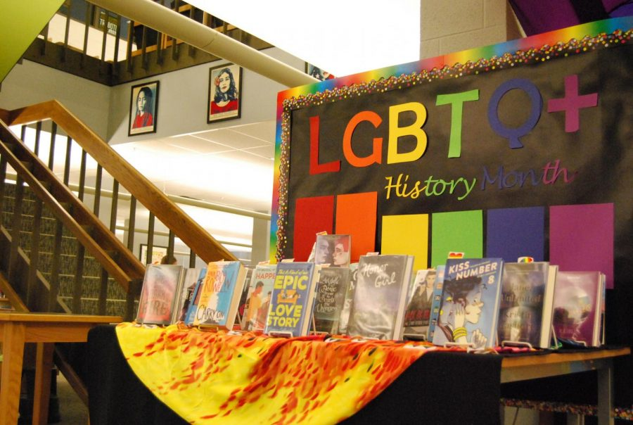 The+West+high+library+celebrates+LGBTQ%2B+history+month+by+highlighting+an+array+of+books.