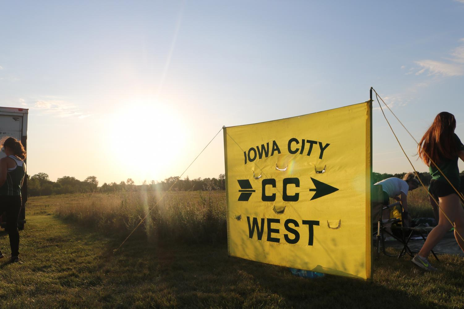 Girls and boys cross country teams impress at MVC Super Meet