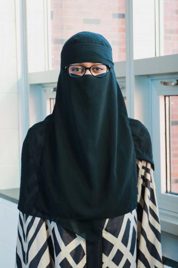 Mustefa began wearing a headscarf when she saw the women around her wore them too.