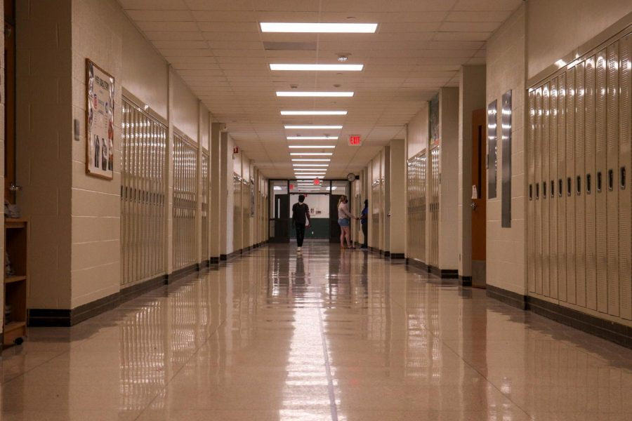 West+High+students+have+the+choice+to+wear+face+masks+while+on+school+property+as+of+May+20.